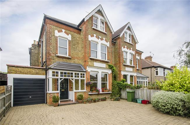 Asking Price £1,350,000, 6 Bedroom Semi Detached House For Sale in Beckenham, BR3