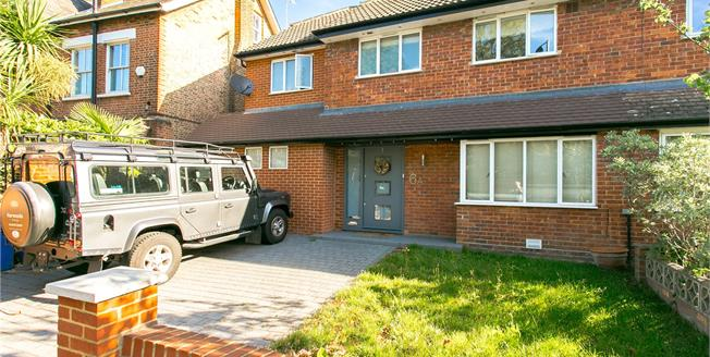 Asking Price £1,750,000, 5 Bedroom Semi Detached House For Sale in London, SE21