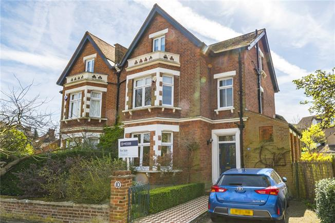 Asking Price £1,000,000, 4 Bedroom Semi Detached House For Sale in London, SE26