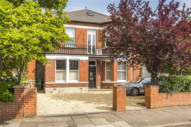 Asking Price £2,300,000, 6 Bedroom Semi Detached House For Sale in London, SE27