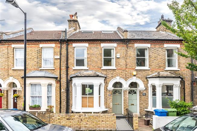 Asking Price £1,150,000, 4 Bedroom Terraced House For Sale in London, SE5