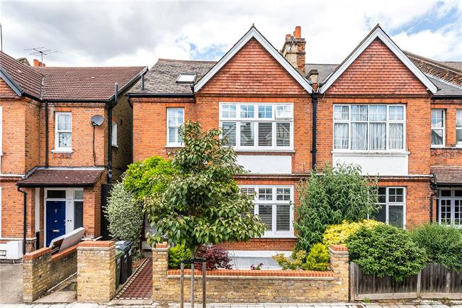 Asking Price £1,985,000, 6 Bedroom Semi Detached House For Sale in London, SE24