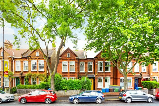Asking Price £1,150,000, 4 Bedroom End of Terrace House For Sale in London, SE21