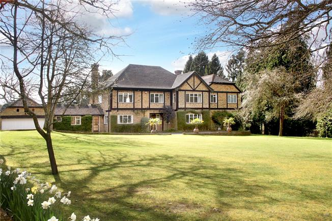 Guide Price £1,850,000, 6 Bedroom Detached House For Sale in Leatherhead, KT22
