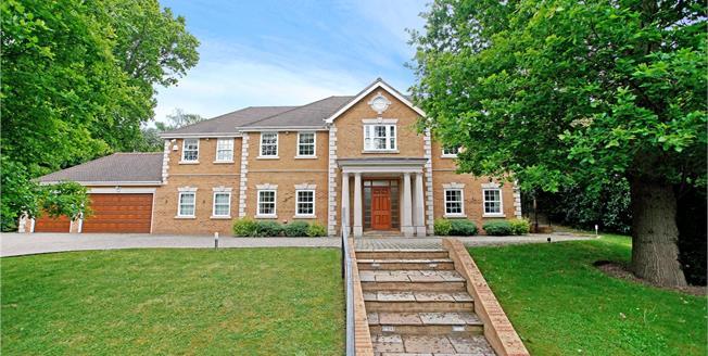 Guide Price £3,275,000, 6 Bedroom Detached House For Sale in Kingswood, KT20