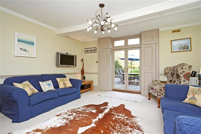 Guide Price £1,080,000, 5 Bedroom Semi Detached House For Sale in Ewell, KT17