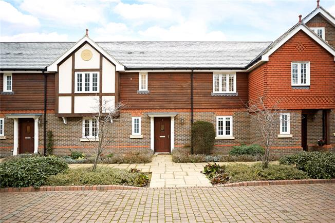 Guide Price £565,000, 3 Bedroom Terraced House For Sale in Epsom, KT18