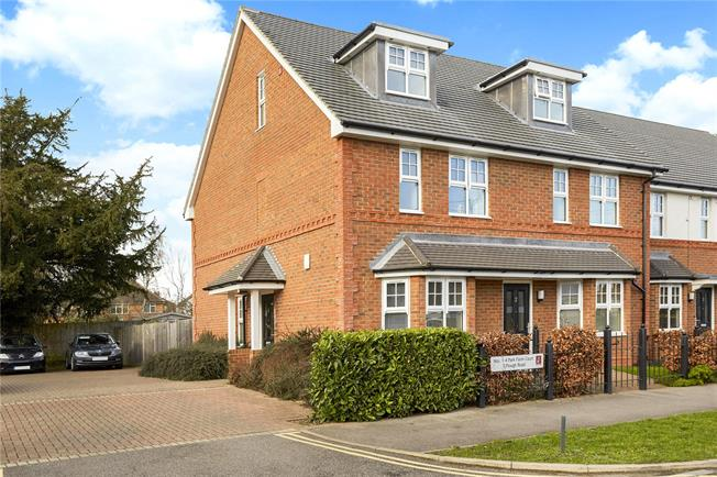 Guide Price £499,950, 3 Bedroom End of Terrace House For Sale in Epsom, KT19