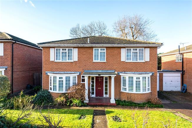 Asking Price £800,000, 5 Bedroom Detached House For Sale in Surrey, KT18
