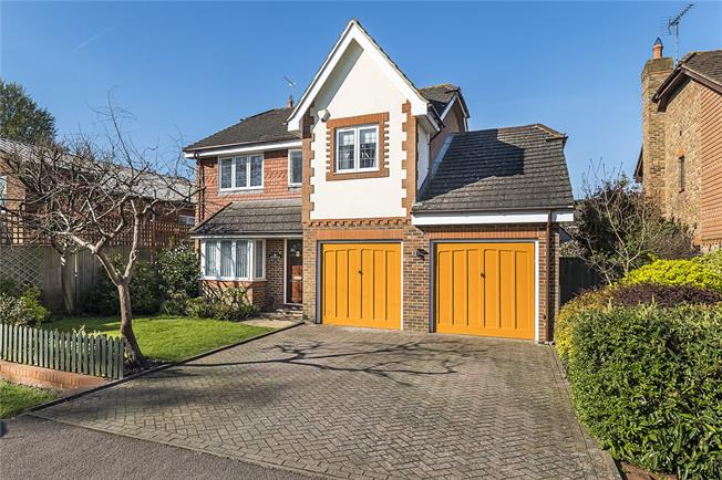 Asking Price £850,000, 4 Bedroom Detached House For Sale in Surrey, KT21