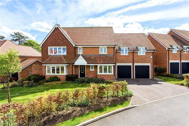 Offers in excess of £1,100,000, 5 Bedroom Detached House For Sale in Epsom, KT19
