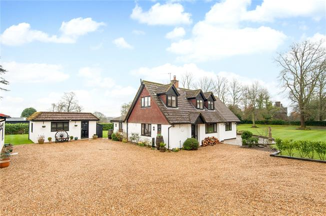 Asking Price £1,350,000, 3 Bedroom Detached House For Sale in Headley, KT18