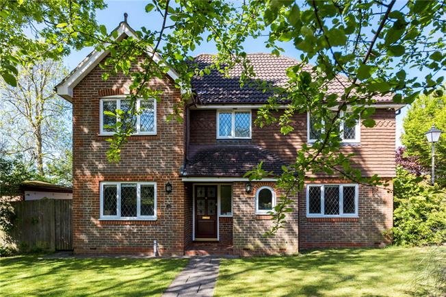 Asking Price £765,000, 4 Bedroom Detached House For Sale in Tadworth, KT20
