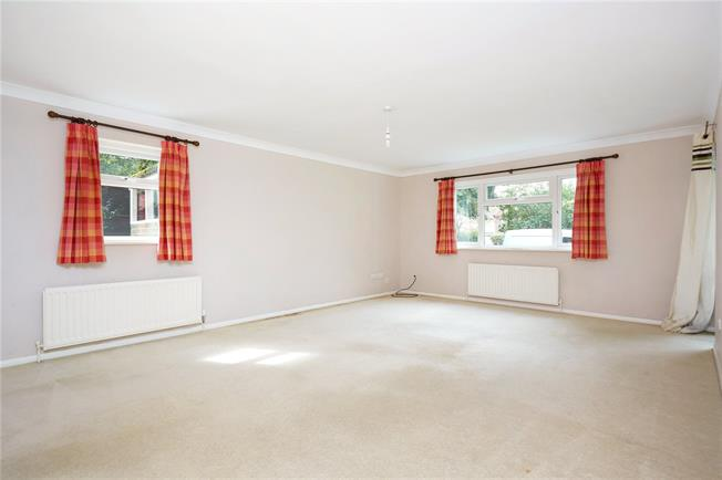 Offers in excess of £265,000, 1 Bedroom Flat For Sale in Epsom, KT17