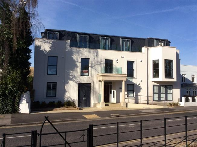 Asking Price £395,000, 2 Bedroom Flat For Sale in Surrey, TW17
