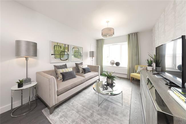 Asking Price £380,000, 2 Bedroom Flat For Sale in Walton-on-Thames, Surrey, KT12