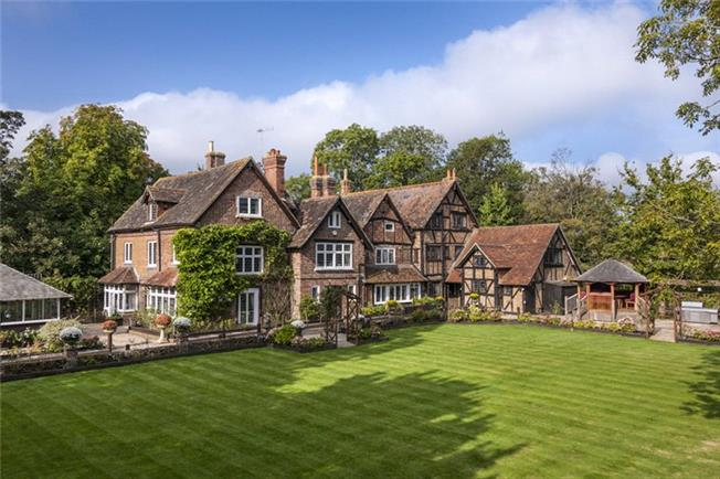Guide Price £2,250,000, 10 Bedroom Detached House For Sale in Newdigate, RH5