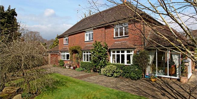 Guide Price £1,285,000, 4 Bedroom Detached House For Sale in Dorking, Surrey, RH5