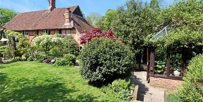 Guide Price £1,125,000, 4 Bedroom Detached House For Sale in Dorking, Surrey, RH4