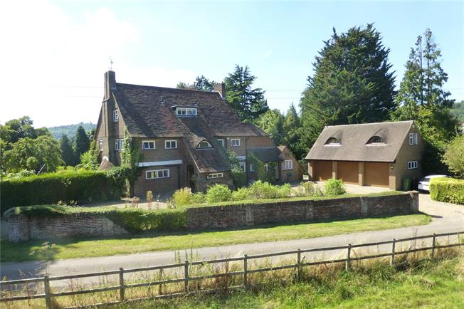 Guide Price £1,695,000, 5 Bedroom Detached House For Sale in Dorking, Surrey, RH5