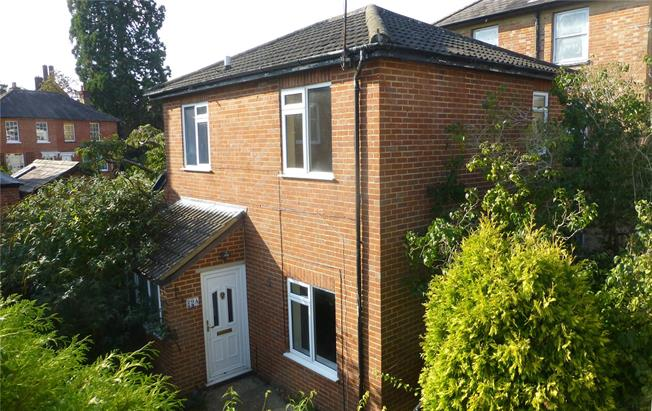 Guide Price £295,000, 2 Bedroom Semi Detached House For Sale in Surrey, RH4