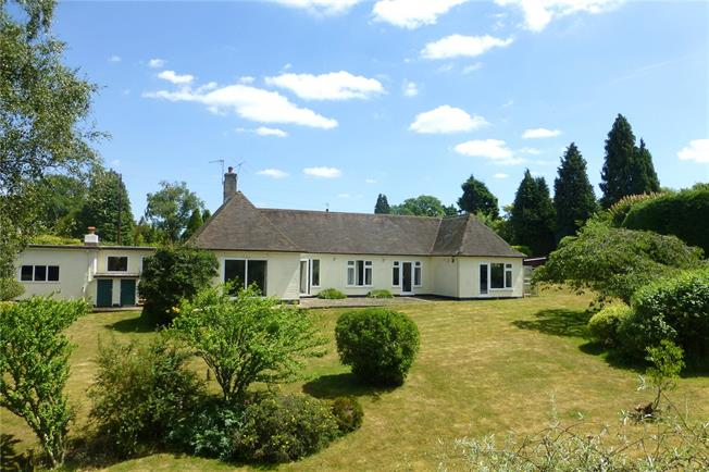 Guide Price £1,150,000, 4 Bedroom Bungalow For Sale in Dorking, Surrey, RH5