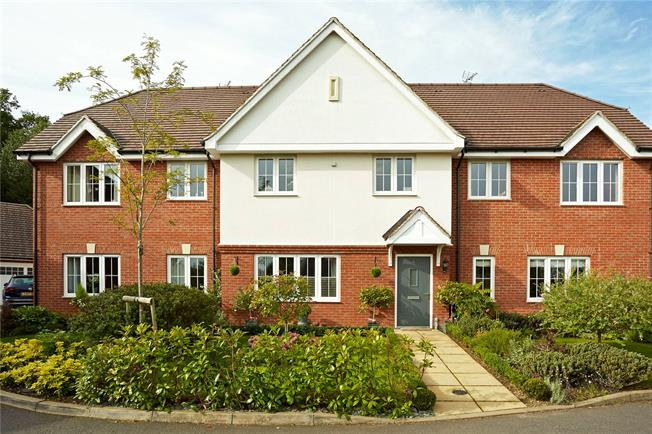 Guide Price £645,000, 5 Bedroom Terraced House For Sale in Surrey, RH4