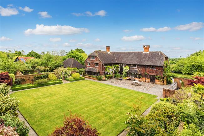 Guide Price £2,250,000, 5 Bedroom Detached House For Sale in Capel, RH5