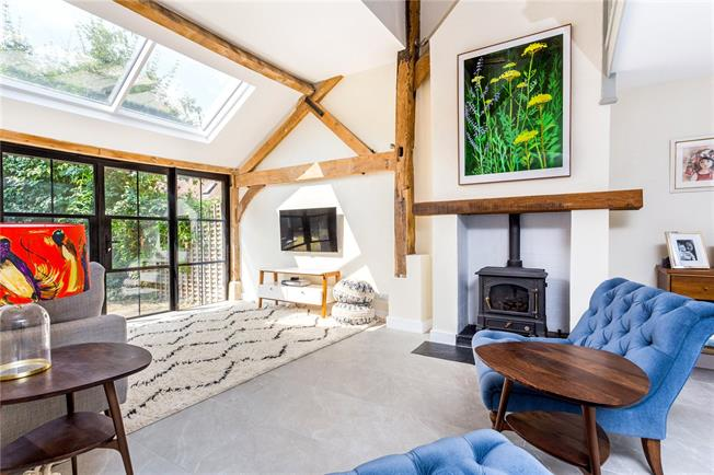 Guide Price £995,000, 4 Bedroom Terraced House For Sale in Dorking, Surrey, RH4