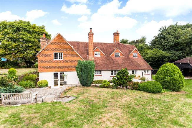 Guide Price £1,000,000, 3 Bedroom Detached House For Sale in Abinger Hammer, RH5