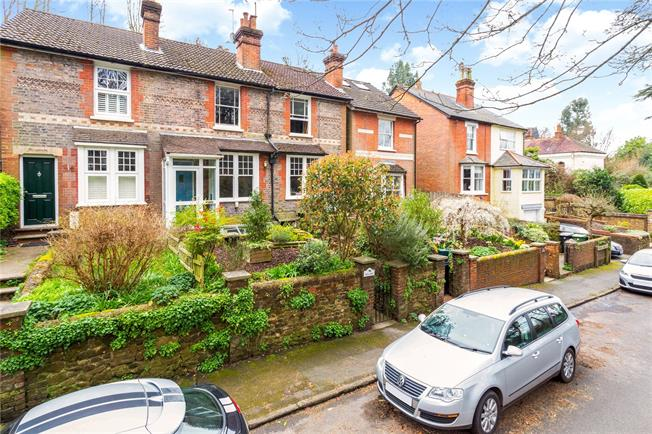 Guide Price £445,000, 2 Bedroom Terraced House For Sale in Surrey, RH4