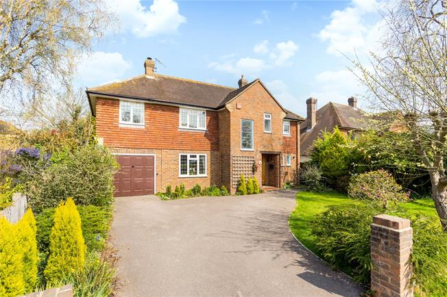 Guide Price £770,000, 4 Bedroom Detached House For Sale in North Holmwood, RH5