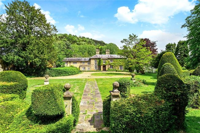 Guide Price £2,500,000, 7 Bedroom Detached House For Sale in Surrey, RH5
