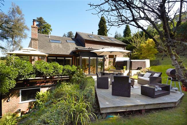 Guide Price £1,275,000, 5 Bedroom Detached House For Sale in Surrey, RH5