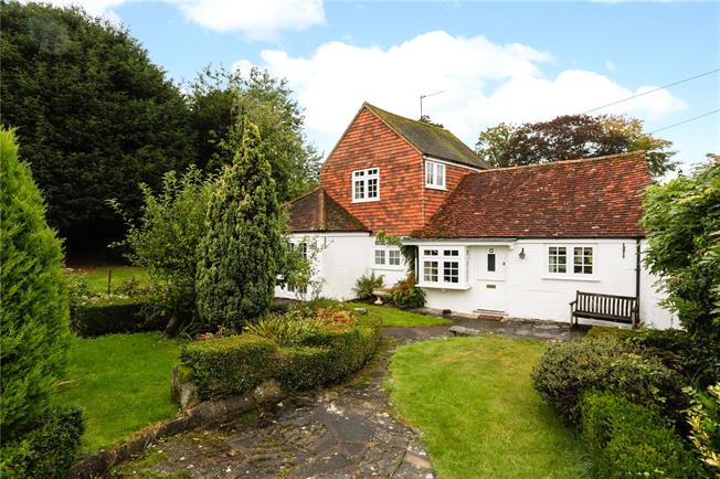 Guide Price £565,000, 2 Bedroom Detached House For Sale in Dorking, Surrey, RH4