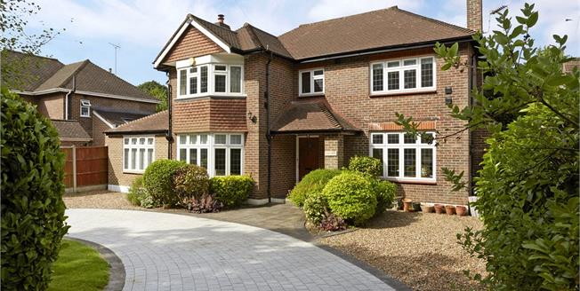 Guide Price £1,395,000, 5 Bedroom Detached House For Sale in Leatherhead, KT22