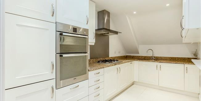 Asking Price £650,000, 3 Bedroom Flat For Sale in Claygate, KT10