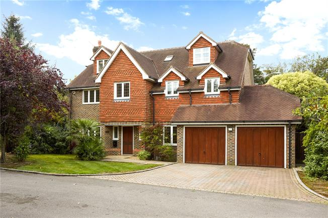 Asking Price £1,395,000, 6 Bedroom Detached House For Sale in Claygate, KT10