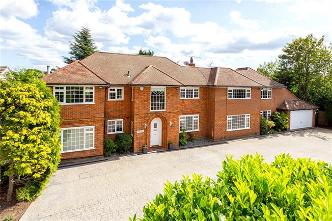 Asking Price £1,795,000, 6 Bedroom Detached House For Sale in Esher, Surrey, KT10