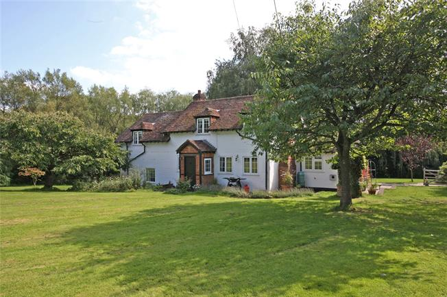 Guide Price £1,199,950, 4 Bedroom Detached House For Sale in Dockenfield, GU10