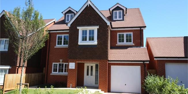 Guide Price £664,995, 4 Bedroom Detached House For Sale in Ash Green, Surrey, GU12