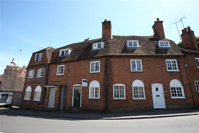 Guide Price £499,950, 4 Bedroom Terraced House For Sale in Farnham, GU9