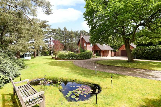 Guide Price £1,095,000, 4 Bedroom Detached House For Sale in The Sands, GU10