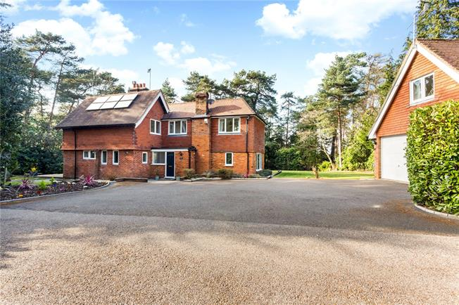 Guide Price £1,300,000, 5 Bedroom Detached House For Sale in Lower Bourne, GU10