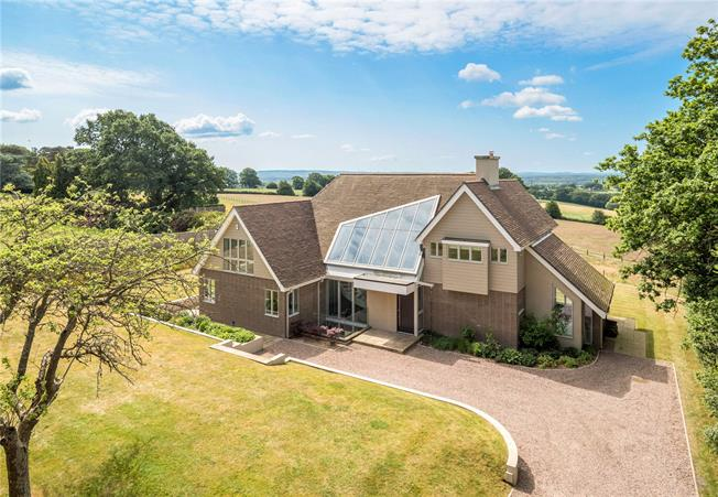 Guide Price £2,250,000, 5 Bedroom Detached House For Sale in Ewshot, GU10