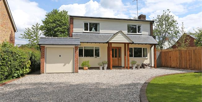 Guide Price £935,000, 4 Bedroom Detached House For Sale in Rowledge, GU10