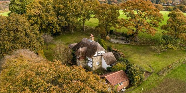 Guide Price £850,000, 3 Bedroom Detached House For Sale in Hampshire, GU35