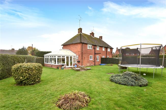 Guide Price £399,950, 2 Bedroom Semi Detached House For Sale in Crondall, GU10