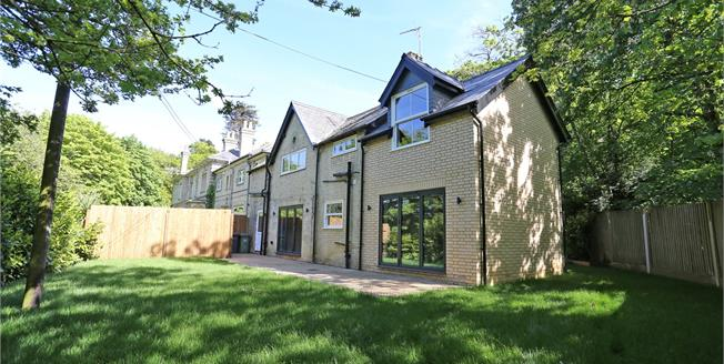 Offers in excess of £675,000, 3 Bedroom Detached House For Sale in Farnham, Surrey, GU10