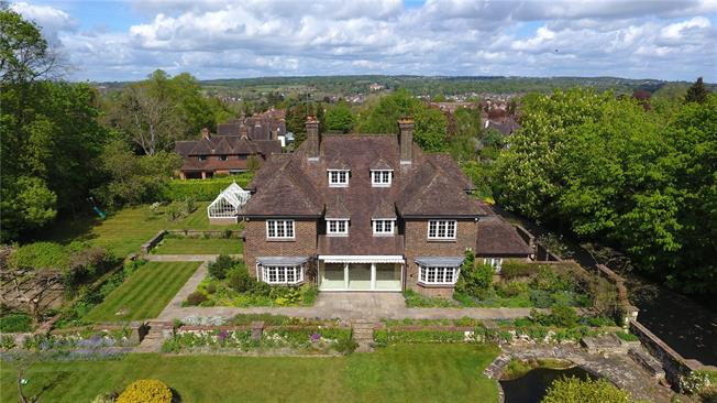 Guide Price £1,895,000, 6 Bedroom Detached House For Sale in Surrey, GU9